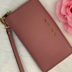 🌸Michael Kors LG Wallet Wristlet Phone Case Rose